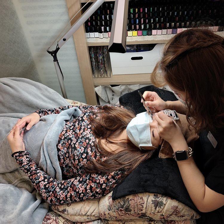 懷孕接睫毛-嫁接微濃設計款睫毛過程|台北市中山站 IA專業美睫設計