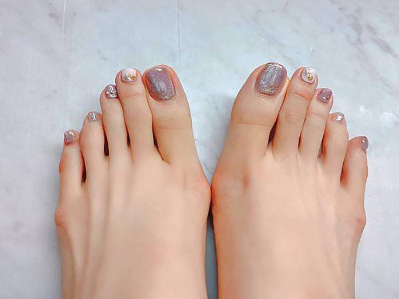腳底去除死皮,就從足部去角質護理開始 台北IA專業美睫設計